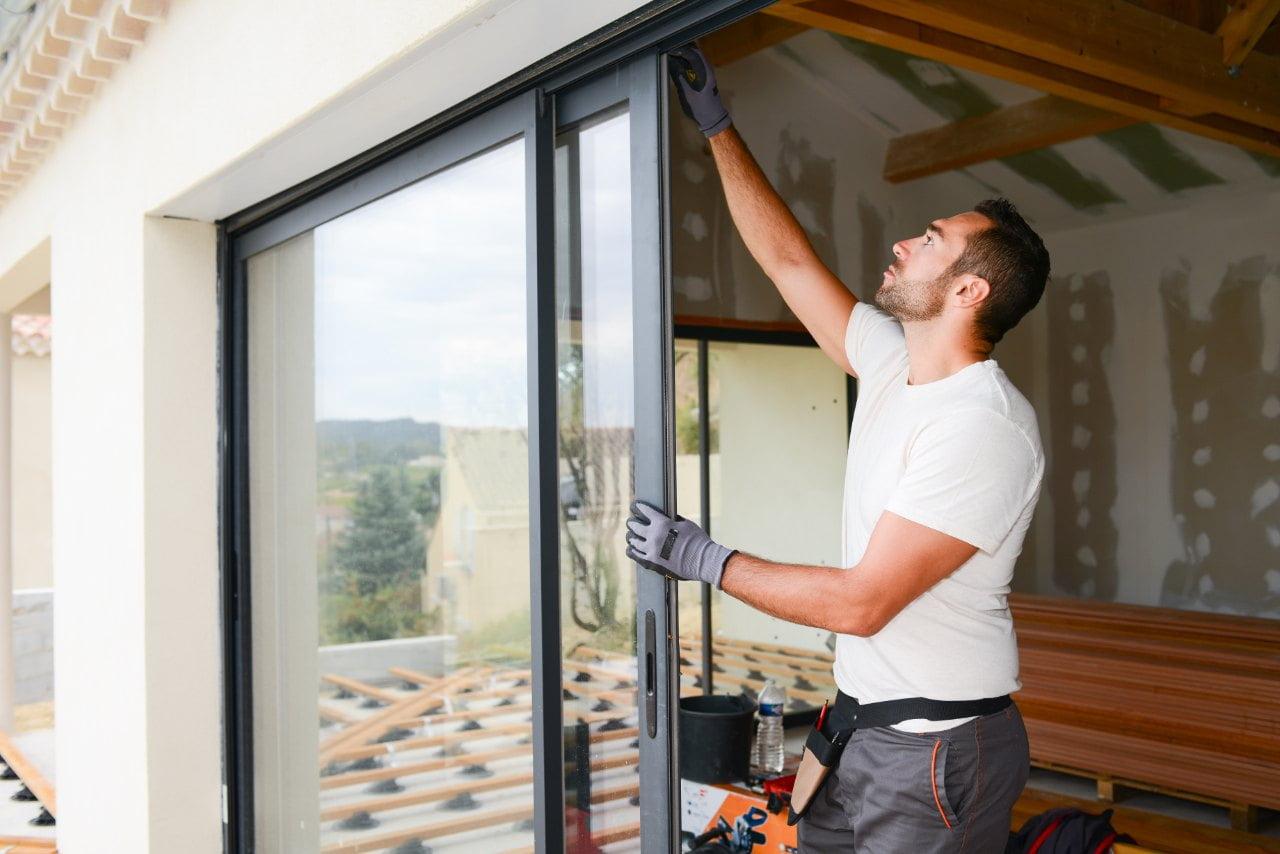 regulacja drzwi i okien