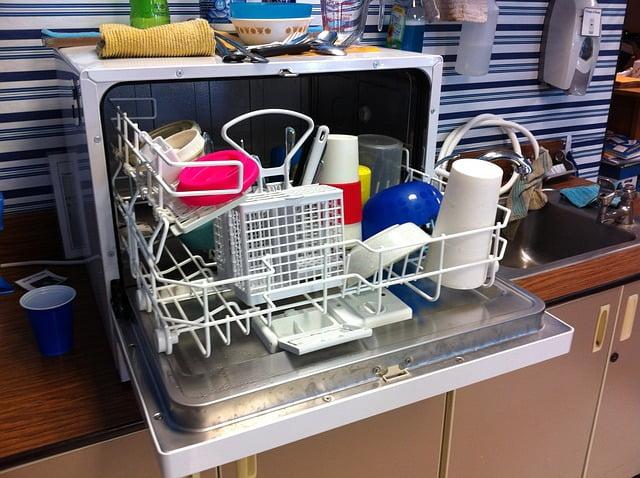Czego nie myć w zmywarce?